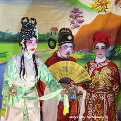 Each in his/her own thoughts (Pic_Joy) Tags: costume opera chinese culture tradition chineseopera