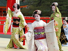 Odori Performance (Teruhide Tomori) Tags: portrait japan dance kyoto performance maiko   kimono tradition japon odori