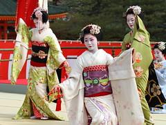 Odori Performance (Teruhide Tomori) Tags: portrait japan dance kyoto performance maiko   kimono tradition japon odori