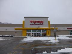 Hhgregg in Mentor, Ohio (Nicholas Eckhart) Tags: city ohio retail mall great lakes former stores circuit mentor 2012 hhgregg