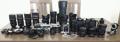 Cameras + lenses + flashes (Sachada2010) Tags: martin 4 gear equipment cameras dslr javier camaras lenses iphone equipo flashes objetivos sachada sachada2010