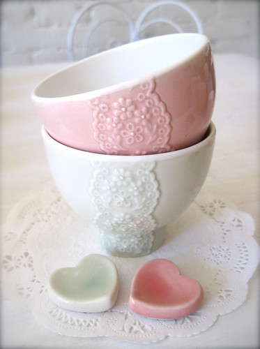 Pair of Pink and Pale Green Porcelain Lace Bowl♡