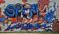 HH-Graffiti 1571 (cmdpirx) Tags: street urban color colour art public wall writing painting skeleton skull graffiti mural paint artist space raum wand character kunst strasse tag hamburg gang can spray crew zipper hh writer bone hiphop hip hop piece aerosol bombing legal wildstyle knstler skelett knochen fatcap schdel hauptdeich ffentlicher grosstadt bostelbeker