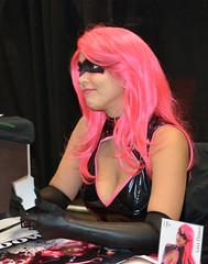 Lela Down (Frankie Photo's) Tags: cleavage