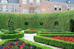 Prince's Court 1 (Bob Hawley) Tags: holland netherlands groningen nikond7100 nikon24f28 summerholidays princescourt gardens flowers hedges