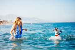 Bea & Pitita (Leo Hidalgo (@yompyz)) Tags: canon eos 6d dslr reflex random yompyz ileohidalgo fotografa vsco film cam love like dog animal dalmatian dlmata perro fuengirola mlaga espaa spain
