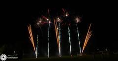 Beaudesert Show 2016 - Friday Night Fireworks-17.jpg (aussiecattlekid) Tags: skylighter skylighterfireworks skylighterfireworx beaudesertshow2016 qldshows itsshowtime beaudesert aerialshell cometcake cometshell oneshot multishot multishotcake pyro pyrotechnics fireworks bangboomcrackle