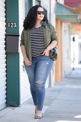 How to Mix Prints (GirlWithCurves) Tags: taneshaawasthi girlwithcurves plussizefashion curlyhair mixingprints howtomixprints stripes leopard outfitideas
