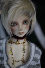 Wounded heart. (The Funerals.) Tags: bjd abjd volks super dollfie emo boy sweet kawaii anime cosplay art model inoccent blond stars gold