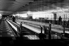 End of trip (pascalcolin1) Tags: tokyo japan japon airport aeroport couloir corridor tapisroulant photoderue streetview urbanarte noiretblanc blackandwhite photopascalcolin lumire light voyage trip