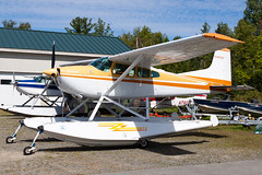Private Cessna A185F Skywagon N4953E (jbp274) Tags: greenville greenvilleseaplaneflyin 52b flyin mooseheadlake airplanes seaplane floatplane cessna c185 skywagon