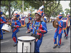 Dfil des coles publiques (wilphid) Tags: salvador bahia brasil brsil 7desetembro ftenationale dfil cole rue gens