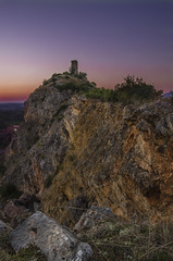 Upezzinghi tower at sunset (davidequarantiello http://dd0595.wixsite.com/david) Tags: pentax photo photos photography paesaggi paesaggio pentaxk50 pisa italy italia landscape landscapes luce shot scatto scatti shots sunset rocks rock roccie roccia toscana tower torre tramonto samyang 14mm sammy samyang14mmf28edasifumc