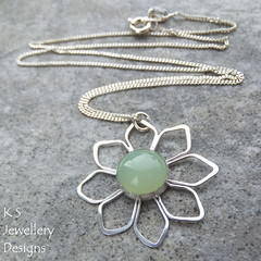Amazonite Daisy Pendant - Sterling Silver (KSJewelleryDesigns) Tags: metalwork flower pendant necklace jewellery jewelry handmade brightsilver shine sterlingsilver silverjewellery handcrafted silver silverwire metal hammered shiny polished bright soldered soldering brushed flowers petals sawing piercing silversmith silversmithing daisy daisies blooms blossom gemstone cabochon flowerpendant swirlblossom texture stamens organic wirework stonesetting amazonite green