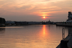 Bremen Sunset (Stuart Borrett) Tags: bremen conference germany ecsa56 international river sunset water sky clouds