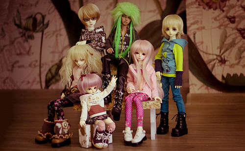 """All my BJDs ✧ • <a style=""""font-size:0.8em;"""" href=""""http://www.flickr.com/photos/37276395@N08/8613425347/"""" target=""""_blank"""">View on Flickr</a>"""