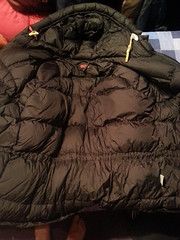 Bkack Fjall Raven expedition down parka (Clothes Mountain) Tags: winter expedition outdoors coat extreme down equipment filled jacket bubble raven nylon sweeden lining parka puffa sweedish fjall flickrandroidapp:filter=none