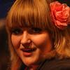 asr (beta karel) Tags: life blue light red portrait music girl rose canon square singing pop blackground singer muziek dalton songwriter almere asr helenparkhurst 2013 40d kunstlinie ©betakarel examenconcert2013