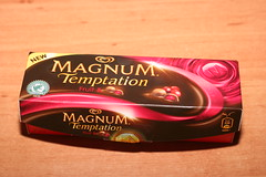 Magnum Temptation Fruit (Like_the_Grand_Canyon) Tags: ice am cream creme eis popsicle stiel