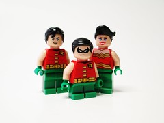 The Flying Graysons! (Julius No) Tags: robin flying lego circus batman graysons haleys