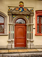 (#2.026) door , Grlitz, Langenstrae 1 (unicorn 81) Tags: door building history architecture germany geotagged deutschland town europe grlitz goerlitz sachsen stadt architektur portal altstadt tr hdr frontdoor goerlitzzgorzelec europastadt