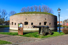 Defence Line of Amsterdam, The Netherlands (UNESCO World Heritage Site) (Maria_Globetrotter) Tags: mariaglobetrotter canon 650d 1585 lightroom visit travel tourism day clear spring vr landmark landmrke panorama over architecture arkitektur europe unesco world heritage site whs cultural humanity vrldsarv verdensarven werelderfgoedlijst patrimoine mondial patrimonio humanidad welterbe weesp defencelineofamsterdam ossenmarkt