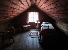 iron house (75kombi) Tags:
