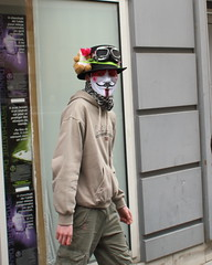 Paris1304_21 (jensting) Tags: paris tomcruise scientology anonymous xenu scientologie ruelegendre davidmiscavige wwwwhyweprotestnet ruejulescesar nonolapatate ericroux
