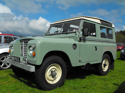 Landrover Series3 SWB Station wagon
