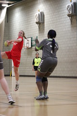 IMG_2778 (sostomymother) Tags: uk green london thames womens bethnal vs academy handball londongd