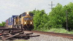UP 4899 (gameover340) Tags: up louisiana unionpacific autoracks sd70m stacktrain emds ac45ccte livoniasubdivision