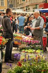 Franse-markt-met-bloemen