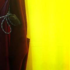 u secunnu fistinu (zecaruso) Tags: palermo albergheria ballarò tendaggi drappi chiesa madonnadelcarmelo carminemaggiore iphone4s zecaruso zeca ze ze² zequadro cicciocaruso