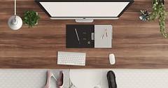 """Der Schreibtisch. Die Schreibtische. Ein Schreibtisch von oben betrachtet. • <a style=""""font-size:0.8em;"""" href=""""http://www.flickr.com/photos/42554185@N00/28418748015/"""" target=""""_blank"""">View on Flickr</a>"""