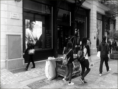 Ermou St., Athens (georgios a.v.) Tags: nikkormatel nikkorh3528 primelens slr mflenses greece monochrome blackandwhite kodakprotmax100 filmphotography agfarodinal ilfordrapidfixer
