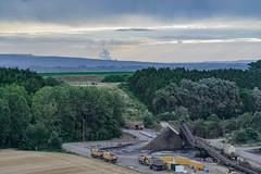 Hinter den Hgeln (G_Albrecht) Tags: industrie rwe sonne sonnenaufgang sonnenschein umwelt wetter
