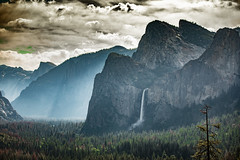 Yosemite : Bridal veil falls (tibchris) Tags: yosemite yosemitenationalpark yosemitepark california bridalveilfalls yosemitevalley landscape outdoors nature clouds sunset