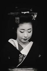 Ichiyuri in Monochrome (Rekishi no Tabi) Tags: ichiyuri geiko geisha kyoto gion gionkobu japan