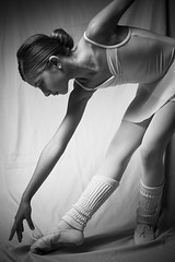 DSC06084 (javier_plazamar) Tags: minolta50mm14 sonyalpha850 a850 ballet minoltaaf50mmf14 blackandwhite blackwhite bw portraits