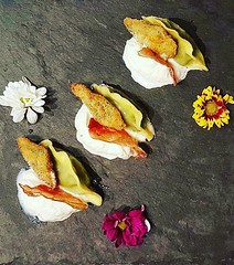 #casoncelli #ricotta #spinaci #cremadibufala #salviafritta #culatellocroccante #gourmet #foodie #foodaddict #foodart #foodporn #food #zenzeroincucina (zenzeroincucina) Tags: casoncelli ricotta spinaci cremadibufala salviafritta culatellocroccante gourmet foodie foodaddict foodart foodporn food zenzeroincucina