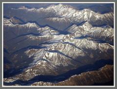 Auf einem Flug Dsseldorf - Antalya berfliegen wir die Alpen (Horst Erkrath) Tags: erkrath horst bostelmann flugzeug flieger alpen gipfel fotorahmen outdoor