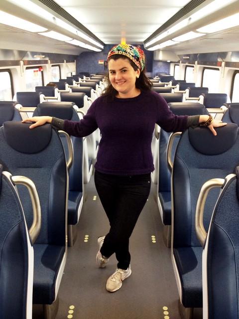 Indo para St Basile Le Grand de trem no feriado de Páscoa