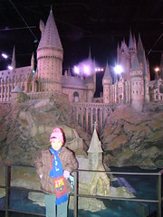 DSC06931 (TheKilens) Tags: uk vacation england london castle movie studio model europe harrypotter melina watford warnerbrothers wbstudio