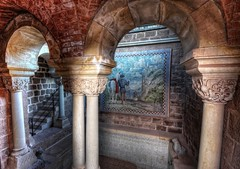Bath of the Knights (Batram) Tags: castle heritage germany word thringen europe columns thuringia burg wartburg eisenach welt sulen kulturerbe bgen