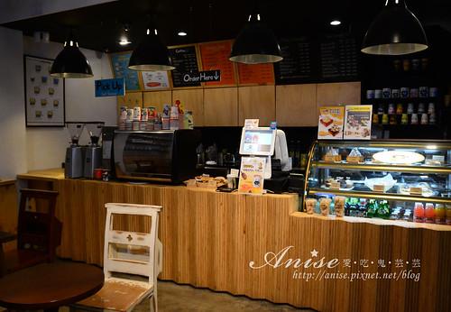 Latte King_001.jpg
