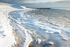 Frozen (**Alice**) Tags: winter sea denmark mare balticsea tamron frozensea snderborg sonderborg iarn 1750mm danemarca sony350 mareabaltic marengheat