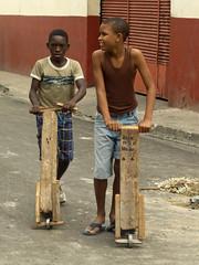 Homemade Scooters (Gerry Balding) Tags: street boys cuba homemade scooters santiagodecuba worldtrekker cubacolonial