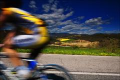 ciclismo in giallo e blu (andaradagio) Tags: blue italy colors bike sport yellow canon italia blu giallo ciclismo lazio sigma1020 flickraward collisulvelino andaradagio nadiadagaro