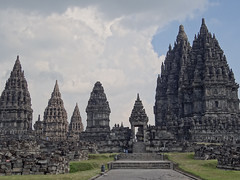 Prambanan (Felice.V) Tags: travel monument architecture indonesia asia wereld indonesie azie prambanan reizen