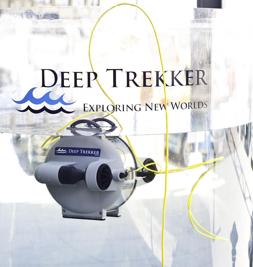 Deep Trekker-005